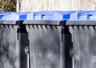 Commercial Wheelie Bin Cleaning services in the Welwyn and Hatfield Borough